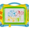 """Μαγνητικός πίνακας ζωγραφικής """"Felix & Friends"""" με δύο σφραγίδες και ένα στυλό. Διαθέτει βολική λαβή μεταφοράς. Γράφει σε πράσινο, κόκκινο, κίτρινο και μπλε χρώμα! Από την εταιρεία Spiegelburg. το ξύλινο αλογάκι ζωγραφική καλλιτεχνικά ζωγραφιά παιδικό πίνακας σχολικά παιχνίδια για κορίτσια"""