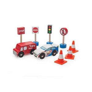 Ξύλινο σετ οχήματα δρόμου Le Toy Van, ξύλινα παιχνίδια, παιχνίδια, παιχνιδια, παιχνίδια για αγόρια. αυτοκινητάκια, παιχνίδια με αυτοκίνητα, παιχνίδια με αυτοκινητάκια, δώρα, δώρο, δώρα για αγόρια, δώρα για παιδιά, οικολογικά παιχνίδια, tv382, le toy van, παιχνίδια le toy van