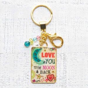 """Μπρελόκ """"Moon and Back"""" Natural Life, μπρελοκ, κλειδια, διακοσμητικα, μπρελοκ για ζευγαρια, μεταλικα, κρεμαστα, brelock, μπρελοκ κλειδιων, μπρελοκ αυτοκινητου, δώρα, κλειδοθηκη, μπρελοκ για κλειδια, εξυπνα, χειροποιητα μπρελοκ, μπρελοκ κλειδιων αυτοκινητου, mprelok, κρικοι για μπρελοκ, δωρα, δωρο πασχα, πρωτοτυπο, δωρο χριστουγεννων, δωρα χριστουγεννων, δωρα γενεθλιων, χριστουγεννιατικα δωρα, πρωτοτυπα δωρα, δωρα για το σπιτι, τι δωρο να παρω στην κολλητη μου, χειροποιητα χριστουγεννιατικα δωρα, δωρα γενεθλιων για φιλη, το καλυτερο δωρο, ιδέεσ για δώρα γενεθλίων, natural life, natural life greece, KC128"""