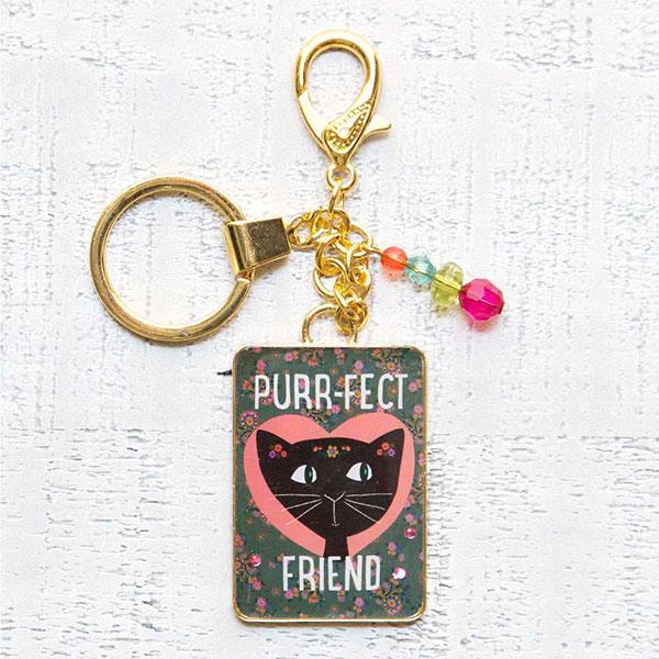 """Μπρελόκ """"Purr-fect Friend"""" Natural Life, μπρελοκ, κλειδια, διακοσμητικα, μπρελοκ για ζευγαρια, μεταλικα, κρεμαστα, brelock, μπρελοκ κλειδιων, μπρελοκ αυτοκινητου, δώρα, κλειδοθηκη, μπρελοκ για κλειδια, εξυπνα, χειροποιητα μπρελοκ, μπρελοκ κλειδιων αυτοκινητου, mprelok, κρικοι για μπρελοκ, δωρα, δωρο πασχα, πρωτοτυπο, δωρο χριστουγεννων, δωρα χριστουγεννων, δωρα γενεθλιων, χριστουγεννιατικα δωρα, πρωτοτυπα δωρα, δωρα για το σπιτι, τι δωρο να παρω στην κολλητη μου, χειροποιητα χριστουγεννιατικα δωρα, δωρα γενεθλιων για φιλη, το καλυτερο δωρο, ιδέεσ για δώρα γενεθλίων, natural life, natural life greece, KC129"""
