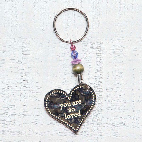 """Μπρελόκ """"You are so loved"""" Natural Life, μπρελοκ, κλειδια, διακοσμητικα, μπρελοκ για ζευγαρια, μεταλικα, κρεμαστα, brelock, μπρελοκ κλειδιων, μπρελοκ αυτοκινητου, δώρα, κλειδοθηκη, μπρελοκ για κλειδια, εξυπνα, χειροποιητα μπρελοκ, μπρελοκ κλειδιων αυτοκινητου, mprelok, κρικοι για μπρελοκ, δωρα, δωρο πασχα, πρωτοτυπο, δωρο χριστουγεννων, δωρα χριστουγεννων, δωρα γενεθλιων, χριστουγεννιατικα δωρα, πρωτοτυπα δωρα, δωρα για το σπιτι, τι δωρο να παρω στην κολλητη μου, χειροποιητα χριστουγεννιατικα δωρα, δωρα γενεθλιων για φιλη, το καλυτερο δωρο, ιδέεσ για δώρα γενεθλίων, natural life, natural life greece, KC136"""
