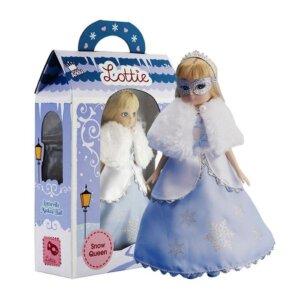Lottie Κούκλα βινυλίου 'Βασίλισσα του Χιονιού' 18εκ., κουκλα, παιχνιδια με μωρα, παιχνιδια για μωρα, κουκλεσ, μωρο, παιχνιδια για κοριτσια με μωρα, mvrakia, κουκλα μου, παιδικα παιχνιδια, εκπαιδευτικα παιχνιδια, lottie, lottie κούκλα, lottie κουκλα, κουκλεσ lottie, lottie 213014