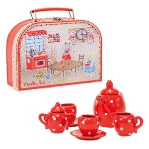 Moulin Roty La Grande Famille Κόκκινο Κεραμικό σετ Τσαγιού, κουζινικά, κουζινικά παιχνίδια, κουζινικά για κορίτσια, koyzinika, kouzinika, ξύλινα παιχνίδια, παιχνίδι ρόλων, παιχνίδια ρόλων, παιχνιδια, πεχνιδια, paixnidia gia koritsia, παιχνίδια για κορίτσια, παιχνιδια για παιδια, παιδικα παιχνιδια, moulin roty ελλαδα, moulin roty παιχνιδια, moulin roty online shop, moulin roty αθηνα, moulin roty κουκλες, moulin roty τσαντες, moulin roty 632400