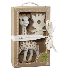 Sophie la girafe Σετ Δώρου So Pure Sophie & Δακτύλιος Οδοντοφυΐας, κουδουνίστρα, κουδουνίστρες, koudounistra, koudounistres, αξεσουαρ καροτσιου, παιχνιδια φροντιδα, παιχνιδια με μωρα φροντιδα, βρεφικα παιχνιδια, μασητικά, μασητικα, οδοντοφυία, παιχνιδια οδοντοφυιας, βρεφικα, παιδικα αξεσουαρ, pexnidia, παιχνιδια, βρεφικά, βρεφικα, παιχνίδι, paidika paixnidia, παιδικά παιχνίδια, παιχνίδια παιδικά, βρεφικά παιχνίδια, sophie la girafe greece, σοφη η καμηλοπαρδαλη, σοφη η καμηλοπαρδαλη καταστηματα, sophie the giraffe, σοφη καμηλοπαρδαλη μασητικο, σοφη η καμηλοπαρδαλη θεσσαλονικη, σοφη η καμηλοπαρδαλη αποστειρωση, σοφη η καμηλοπαρδαλη τσαντα, βρεφικά είδη, βρεφικα ειδη θεσσαλονικη, ειδη μπεμπε θεσσαλονικη, ειδη μπεμπε στοκ, βρεφικα ειδη, δωρα για νεογεννητα, δωρο για νεογεννητο βαφτιστηρι, δωρο για νεογεννητο ανηψακι, τι δωρο πανε στο μαιευτηριο, πρωτοτυπα δωρα για μωρα 1 ετους, σετ δωρου για νεογεννητα, σετ μαιευτηριου, βρεφικα σετ, βρεφικα σετ δωρου, βρεφικα σετακια, βρεφικα σετ για κοριτσια, βρεφικα σετ για αγορια, Sophie la Girafe S616624
