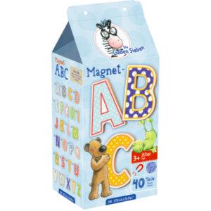 Το παιχνίδι αποτελείται από 40 ξύλινα, πούχρωμα μαγνητικά γράμματα, τα οποία είναι μέσα σε ένα χάρτινο κουτί που λειτουργεί και σαν αποθηκευτικός χώρος.  Μπορούν να τοποθετηθούν και σε οποιαδήποτε μεταλλική επιφάνεια όπως πχ. στο ψυγείο.  Διαστάσεις συσκευασίας : 9 x 20 x 7 εκ.  Διαστάσεις γραμμάτων : 5 εκ.
