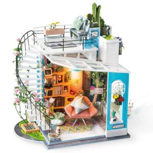 'Dora's Loft' Robotime Κωδικός: DG12